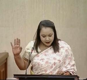 Hon Mrs Kalpana Devi KOONJOO-SHAH